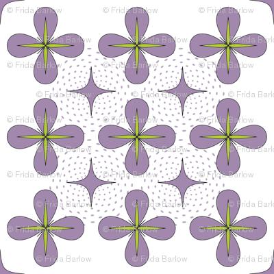 4 Petal Daisies in Lavender