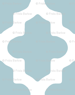 Moroccan Quatrefoil in Light Blue