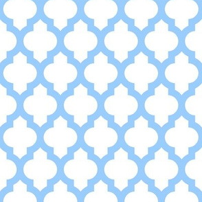 Quatrefoil Lattice - baby blue on white