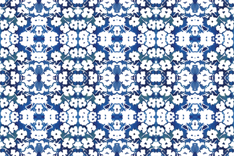 viv_bluewhite_flip for andrea fabric by cest_la_viv on Spoonflower - custom fabric
