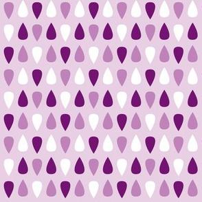 Tiny gouttes violettes
