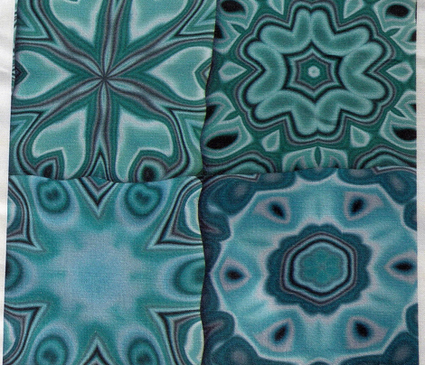 Quilt - Floral - Turquoise