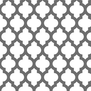 Moroccan quatrefoil lattice - gray on white