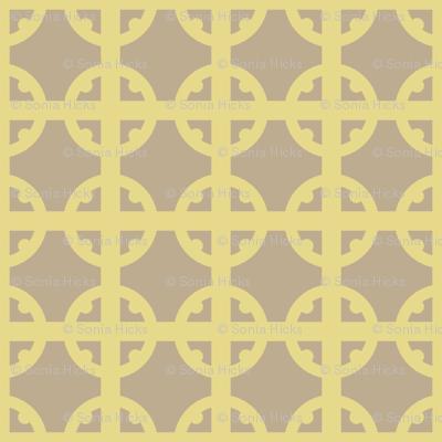 Gold Tudor Circle