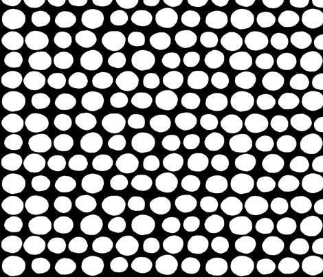 Jumbo Peas (black & white) fabric by pattyryboltdesigns on Spoonflower - custom fabric