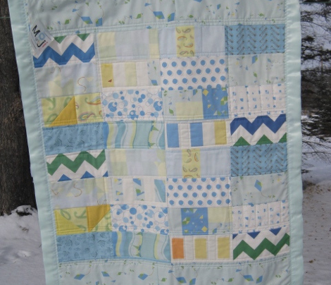 Rbluegreenwhitechevron_comment_259159_preview
