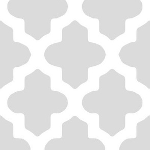 Moroccan Quatrefoil in Gray