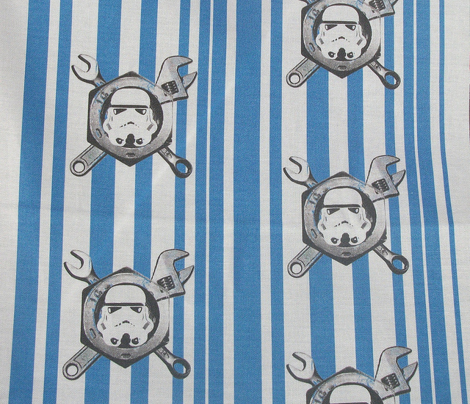 Rstar_wars_stormtrooper_grey_tools_on_blue_white_stripe