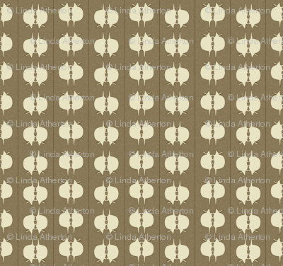 Armadillo Spot - Ivory on Taupe