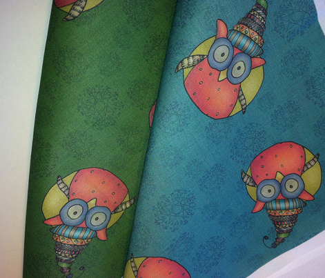 Rr002_kooky_owl_fabric_dgreen_comment_217641_preview