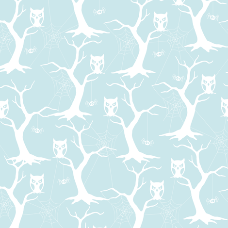 Crawling Creepies Owl Trees fabric by jennartdesigns on Spoonflower - custom fabric