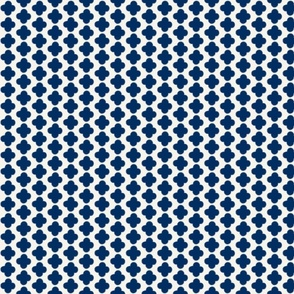 Quatrefoil Mini Print Navy and White