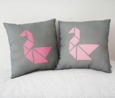 Rrtangram_swan_cushion-pink2.ai_comment_261478_thumb