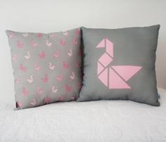 Rrtangram_swan_cushion-pink2.ai_comment_261479_thumb