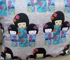 Dolls_on_minidots_comment_273846_thumb