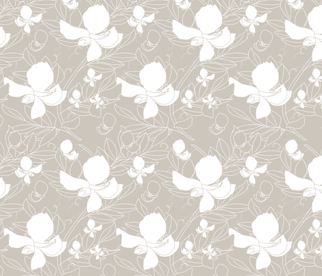 Broadbean Vine Natural fabric by leeandallandesign on Spoonflower - custom fabric