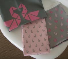 Rrrrtangram_birds_grey_on_pale_pink.ai_comment_255886_thumb