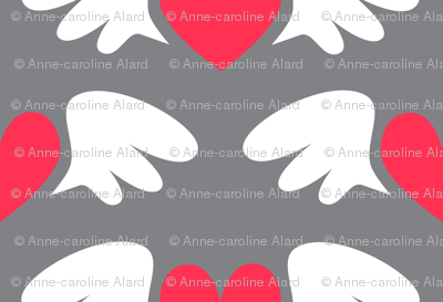 Winged hearts (grey)