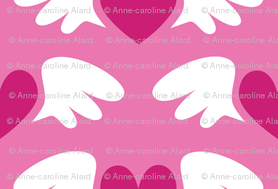 Winged hearts (pink)