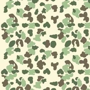 camouflage_hedonist_beige