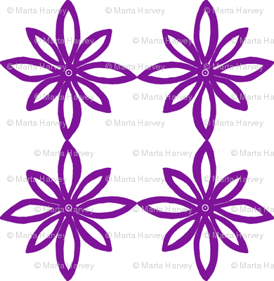 Simple Flower Pattern in White and Purple