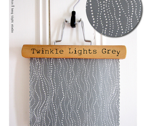 Rtwinkle_lights_grey_flat_500__for_wallpaper_comment_257459_preview