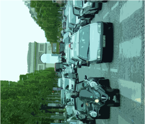 Traffic with Arc de Triomphe