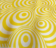 Swirl_yellow_comment_280383_thumb