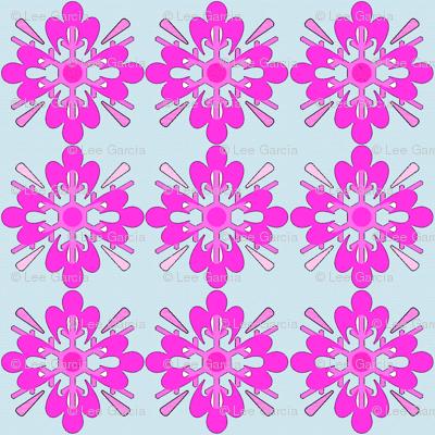 Pink_snowflake_on_blue