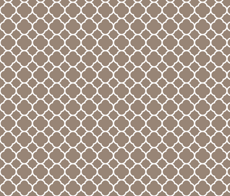 Mocha Brown Quatrefoil