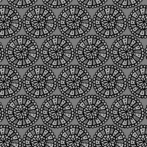 Pop Floral Disks Grey