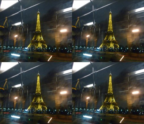 Reiffel_tower_from_72_bus__paris_shop_preview