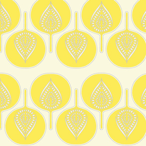tree_hearts_light_yellow_cream_dk_grey
