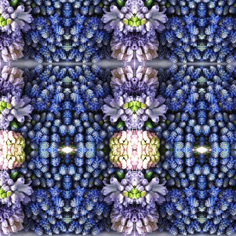 Perleblomsterbilde fabric by nype on Spoonflower - custom fabric
