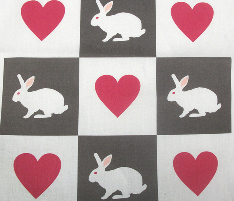 Rwhite_rabbit_heart_chequer