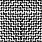 Houndstooth Pattern Black // White