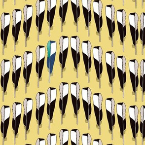 Magpie Feather Chevron Gold