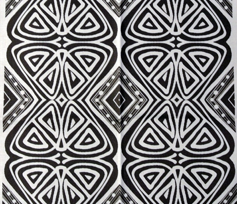 Tiki Primitives - Butterflies and Diamonds in Black and White