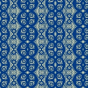 Blue petal flower bandana 20