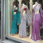 R3_saris_in_window_fq_shop_thumb