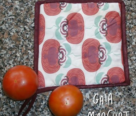 Rrrrrlady-tomato2_comment_357470_preview