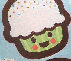 Ryard-cupcake2_comment_283902_thumb