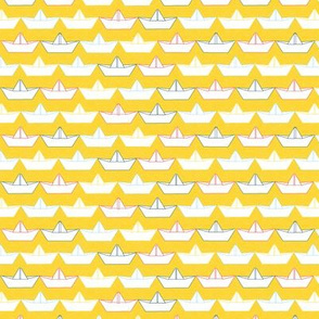 paper_boat_blanc_fond_jaune_S