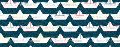 paper_boat_blanc_fond_marine_M