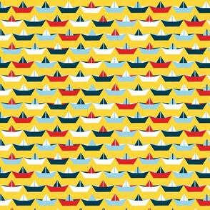 sailing_paper_boat_jaune_L