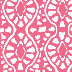 Cobblestone Trellis Pink