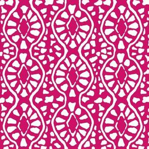 Cobblestone Trellis Dark Pink
