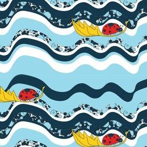 Ladybug Sailing Regatta (blue)