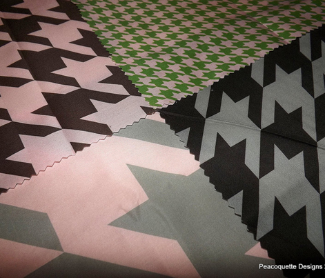 The Houndstooth Check ~ Leaf & Pink