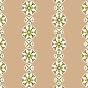 Daisy_Chain____-beige 1
